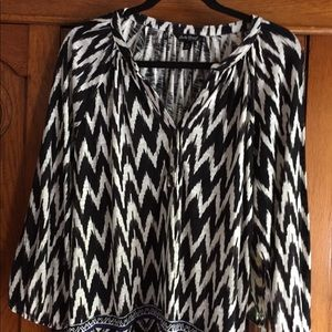 Lucky Brand Tops - Lucky Brand black and white peasant blouse
